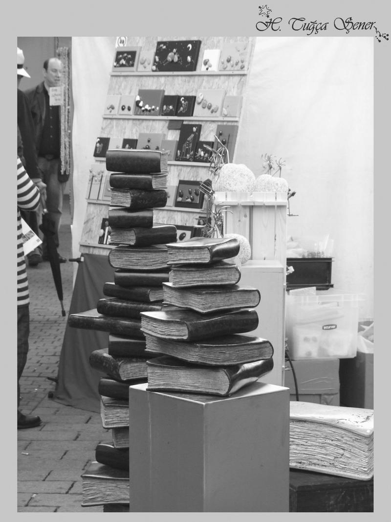 books BnW