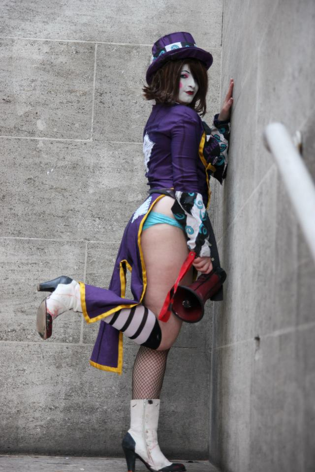 every day im moxxing by MissJLondon