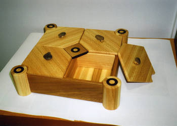 Jewellery box by Kardhu