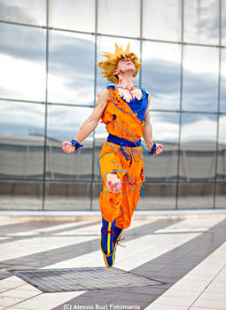 Goku cosplay .: Departing for new adventures!:.