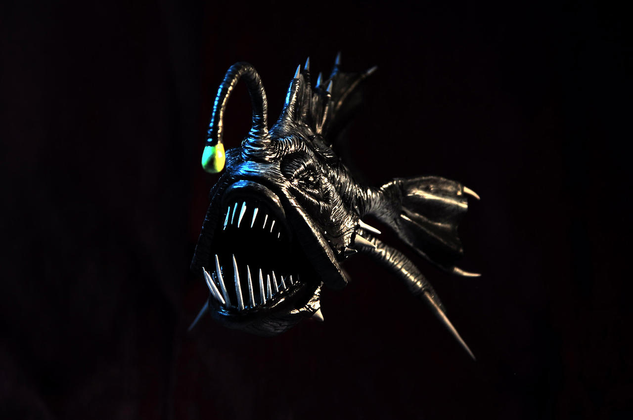 Prehistoric angler fish painted by heliot8 on deviantart for Angler fish light