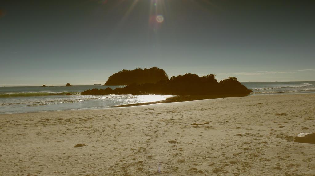Mt Maunganui beach by faithnomorefan