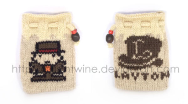 Small Layton knit pouch by prismtwine