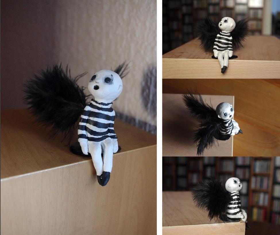 Little dark angel by Lauramei
