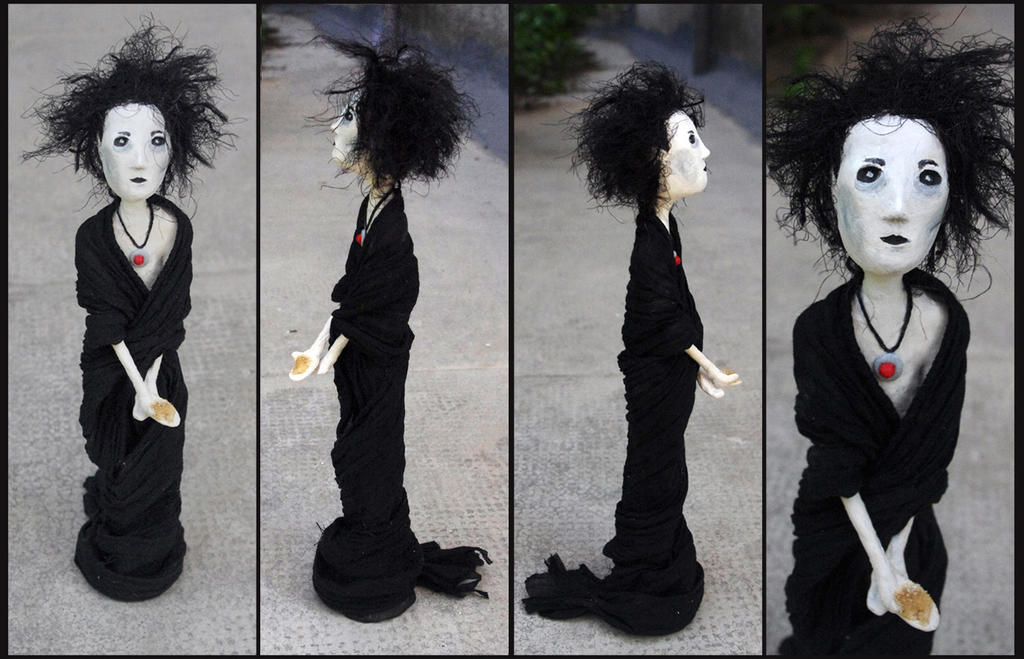 Paper clay figure - Dream of the endless by Lauramei