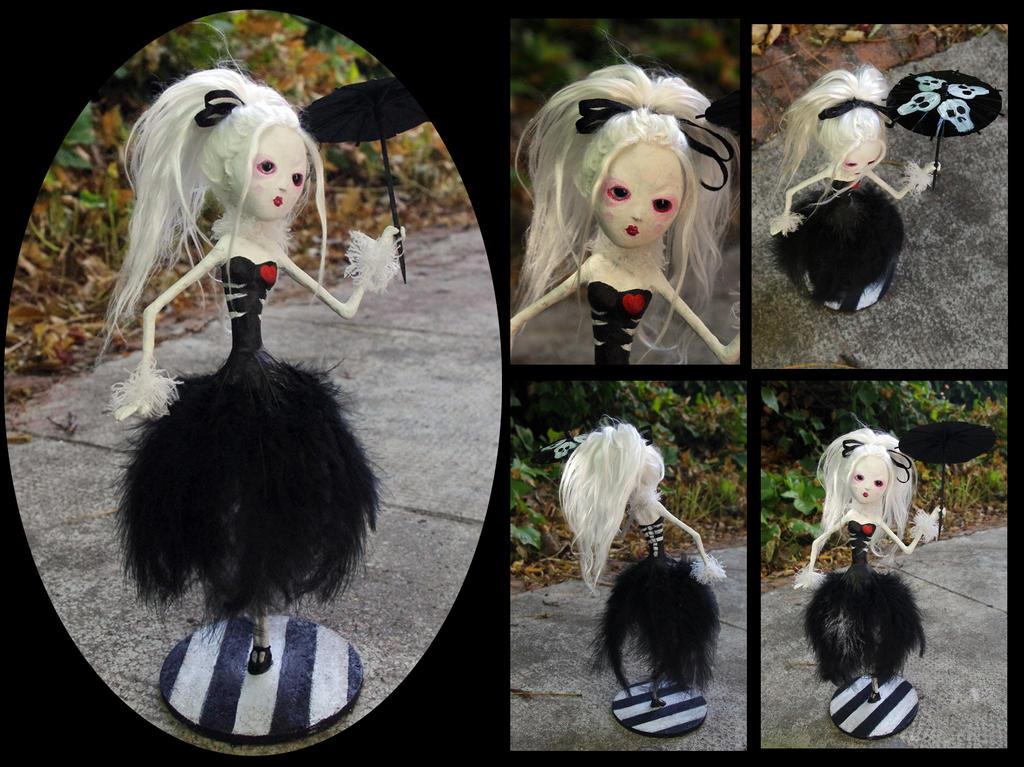 Katarina the -Creepy Circus- aerialist. Art doll. by Lauramei