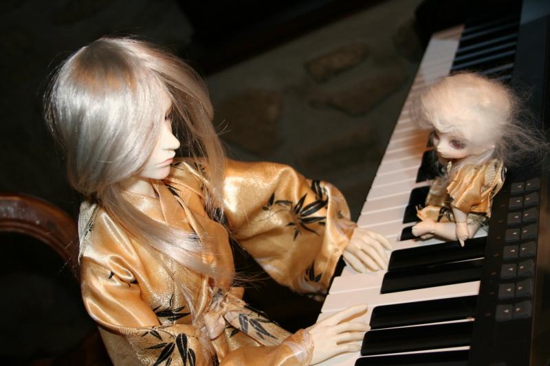Pianist by preseada