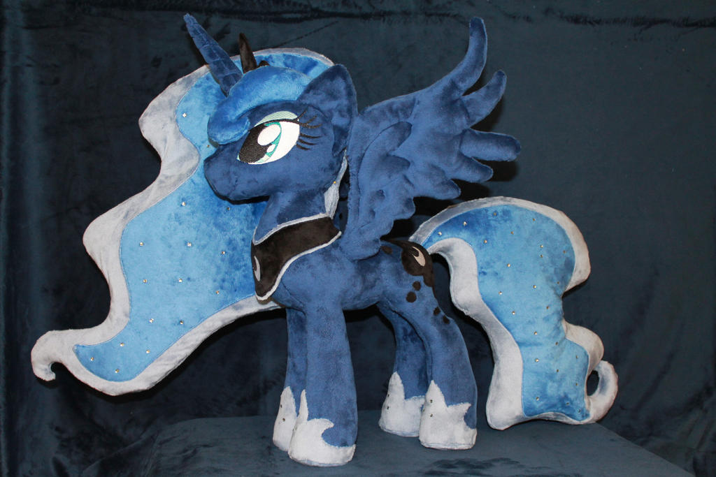 Luna, Princess of the Night by WhiteDove-Creations