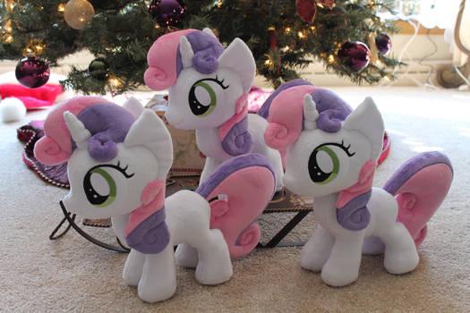 Sweetie Belles under the tree