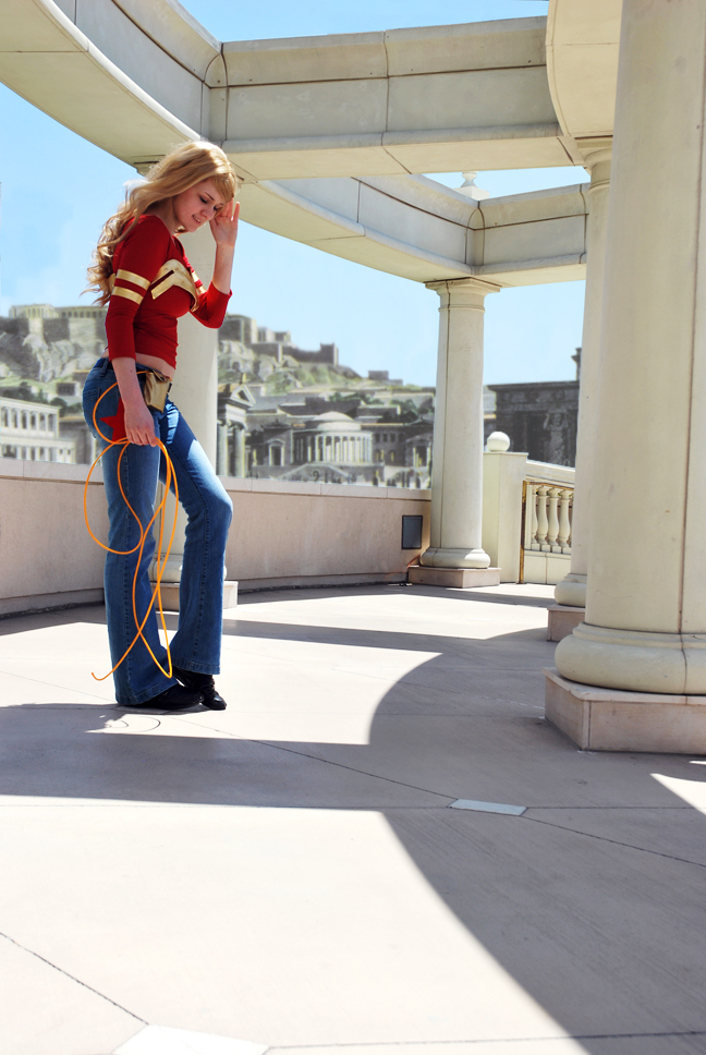 Wonder Girl in Themyscira by dangerousladies
