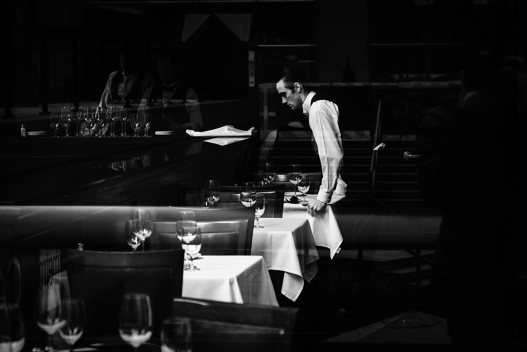 Waiter by IFedorovskaya