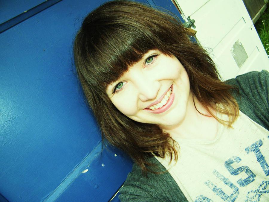 moni-hale93's Profile Picture