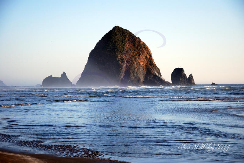 Haystack Rock, Cannon Beach Updated by Scooby777