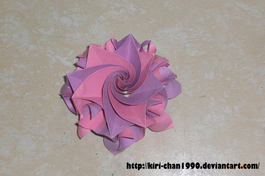 origami Aquilegia flower by kiri-chan1990