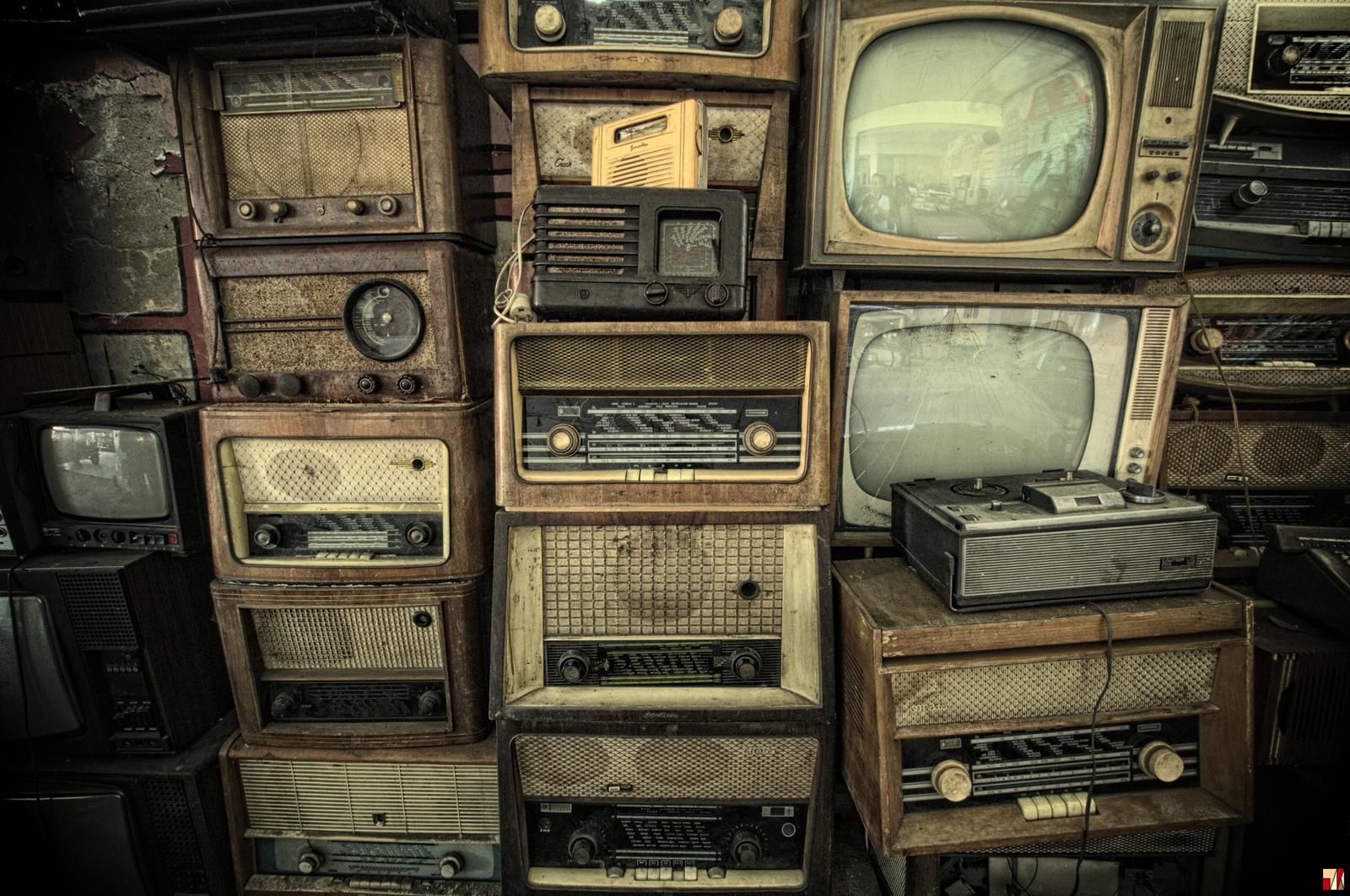 Video killed the radio star by szydlak on deviantart for Classic house radio