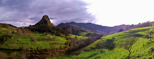 Campo asturiano by MisterCoqui