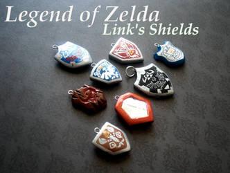 Links Shield Charms by GandaKris