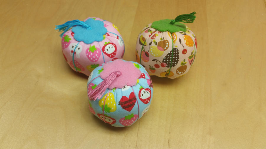 Sweetie Pin Cushions by shadowhearts