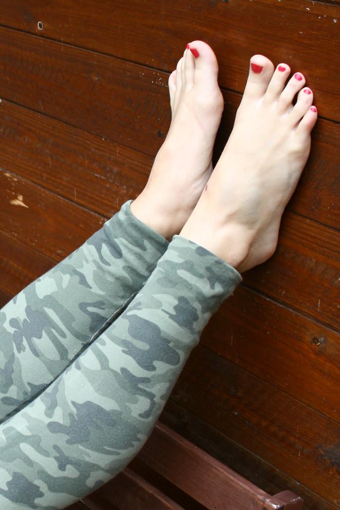 Franzi S Toes By Foot Portrait On Deviantart
