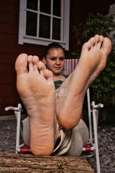 Franzi posing her soft soles of feet