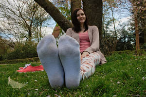 Katharina - Dirty soles with socks on