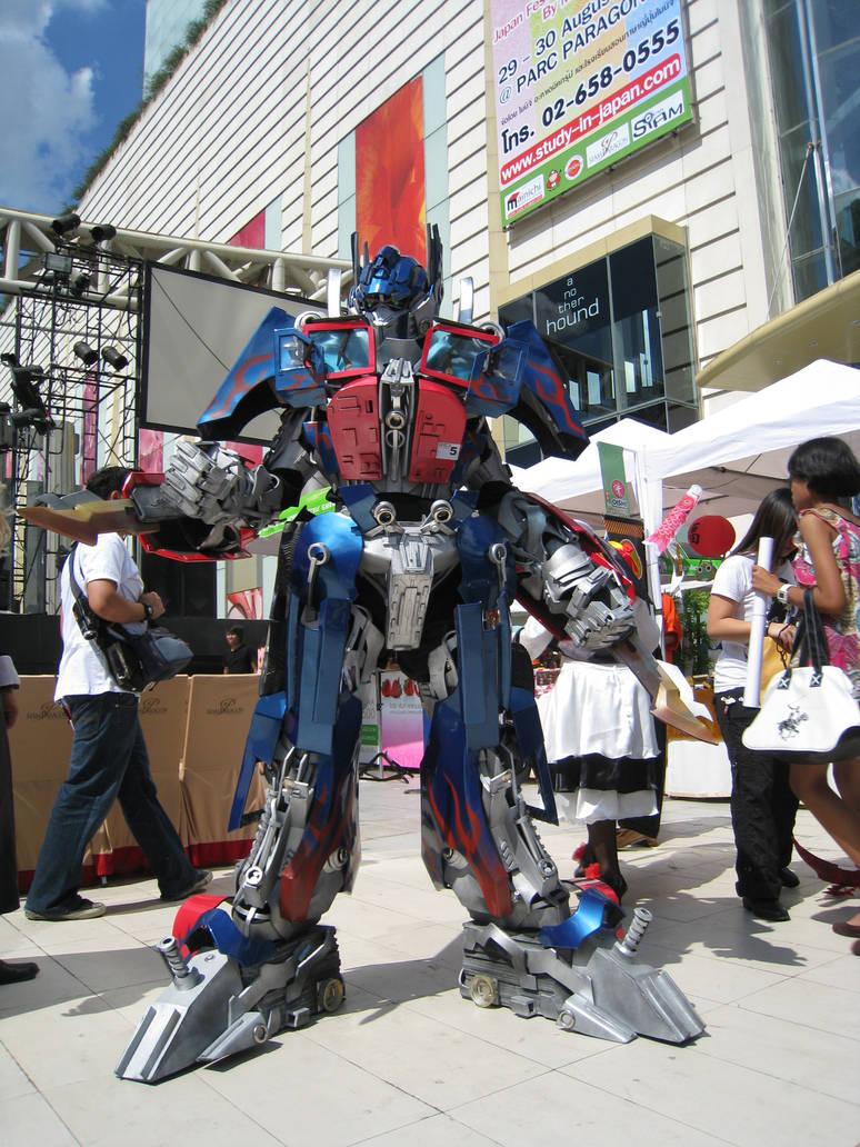 My Optimus Prime Cosplay by Darkgodmaru