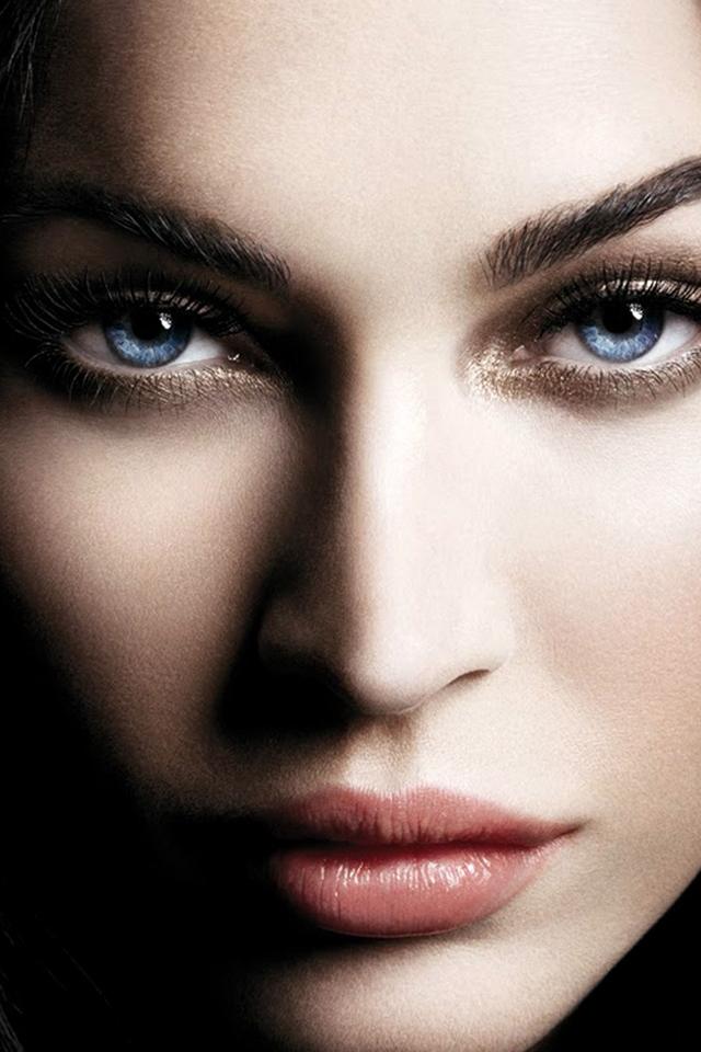 Megan Fox Retina Wallpaper 1 by TheEvoked