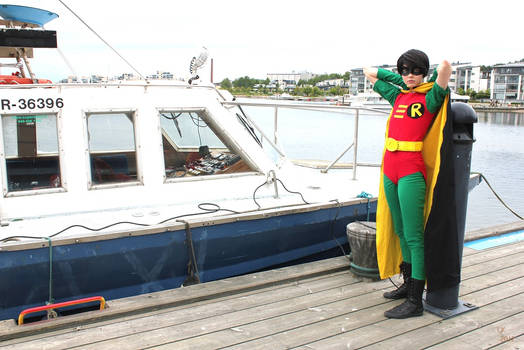 Robin Cosplay with boat