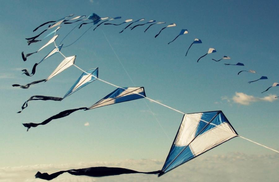 Blue sky blue kites