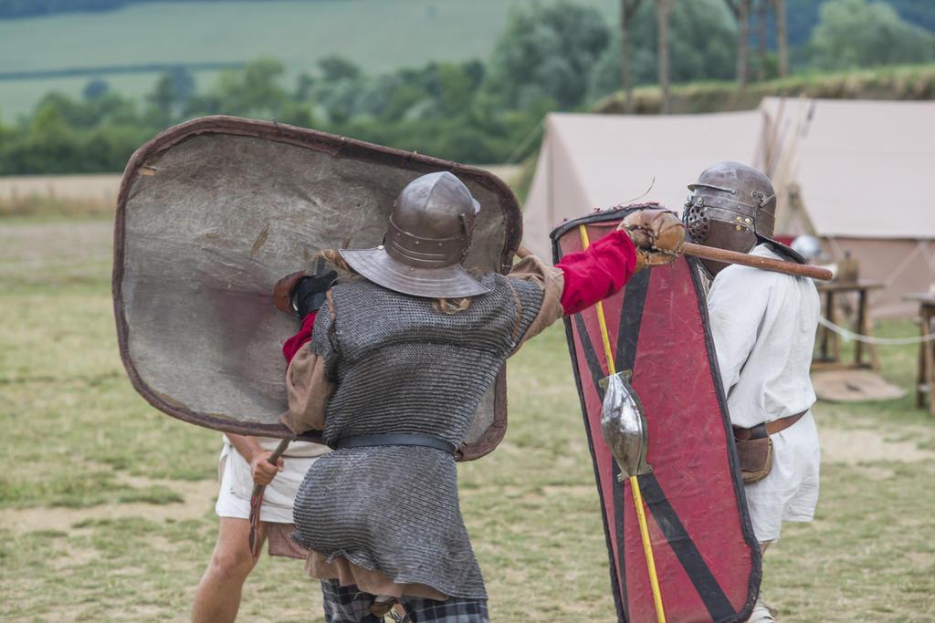 Tetigitur - Roman Legion - Alesia by Carancerth