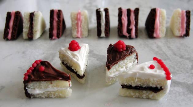 Cakes are no lie!