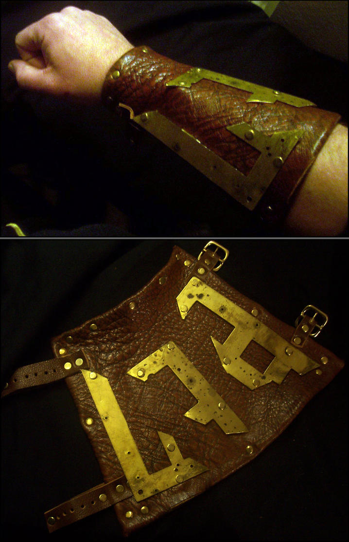 Arcanepunk: Captain's Bracer by TormentedArtifacts