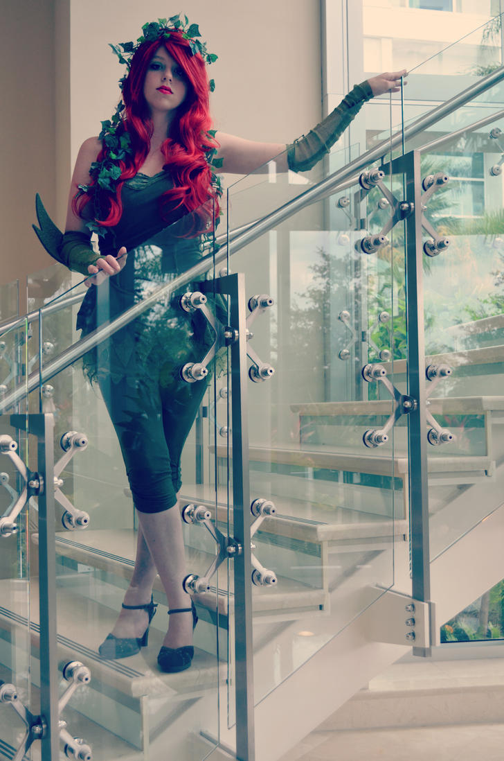 Poison Ivy 1 -FL Cosplay- by MikuMikuJinx