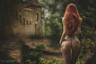 ~Daenerys sister~ by creativephotoworks