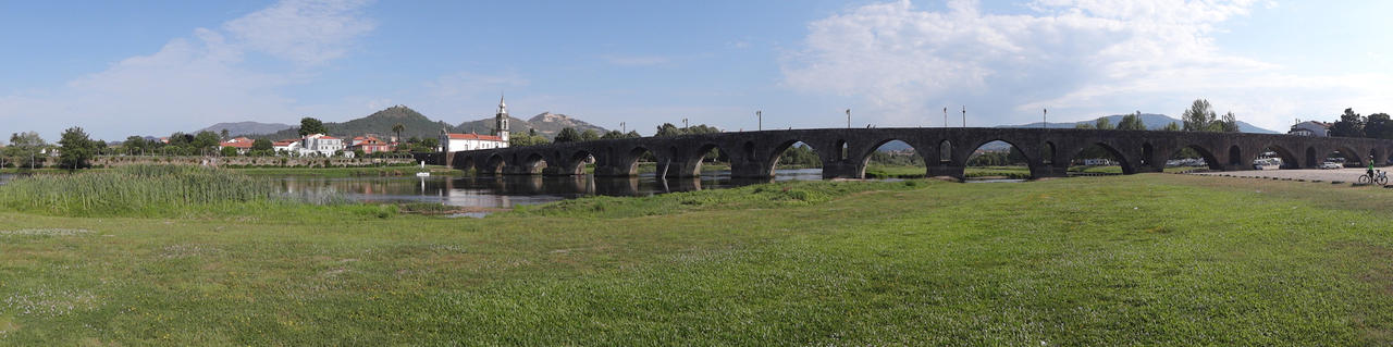 Ponte de Lima by AmBr0