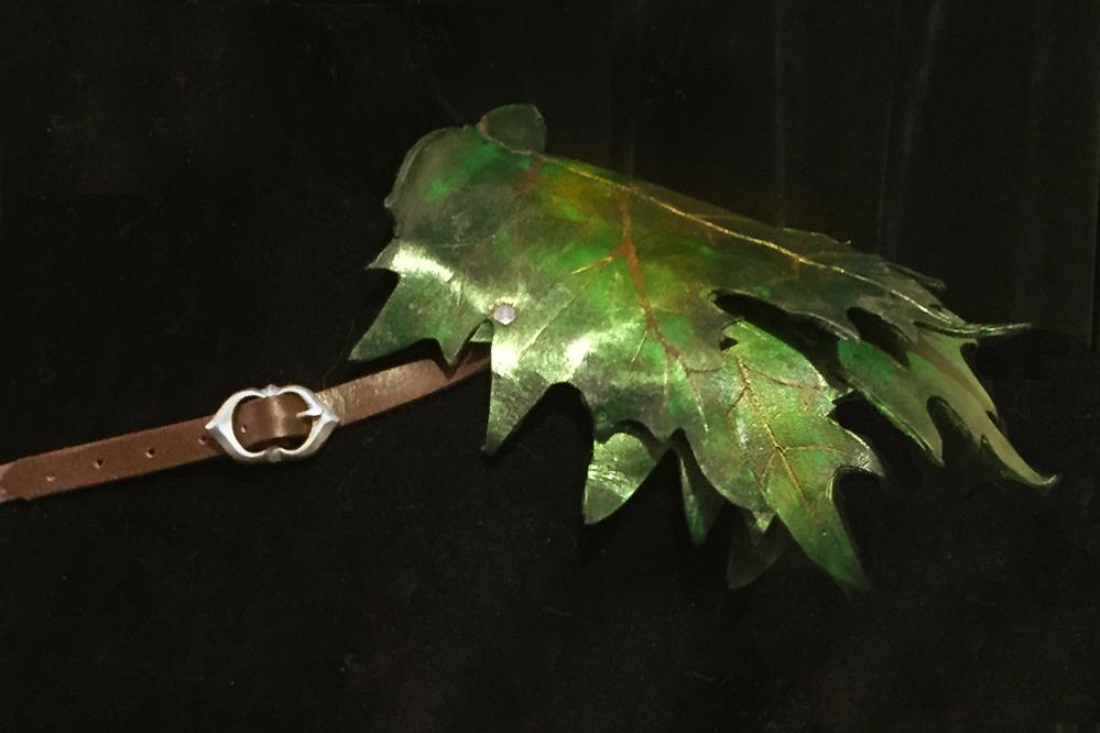 Leather leaf feywild shoulder armor by lilibat