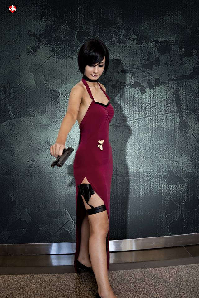 ADA WONG COSPLAY RESIDENT EVIL 4 !!! by ZombieQueenAlly