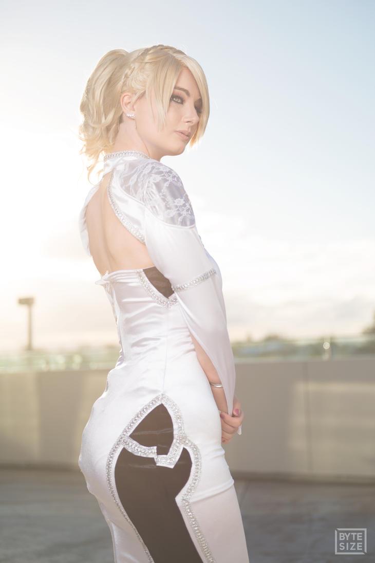 lunafreya cosplay by allyauer on deviantart