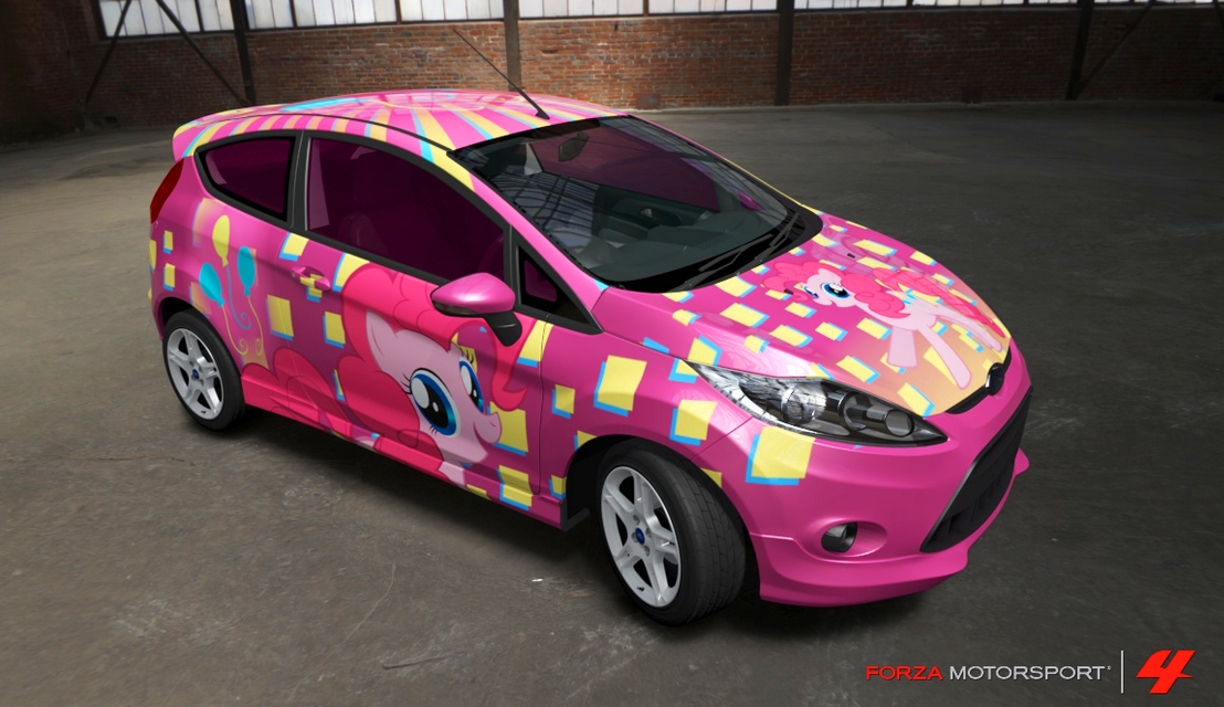 Pinkie Pie Fiesta by nrxia