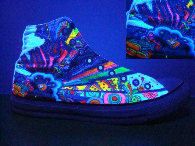glow in dark converse