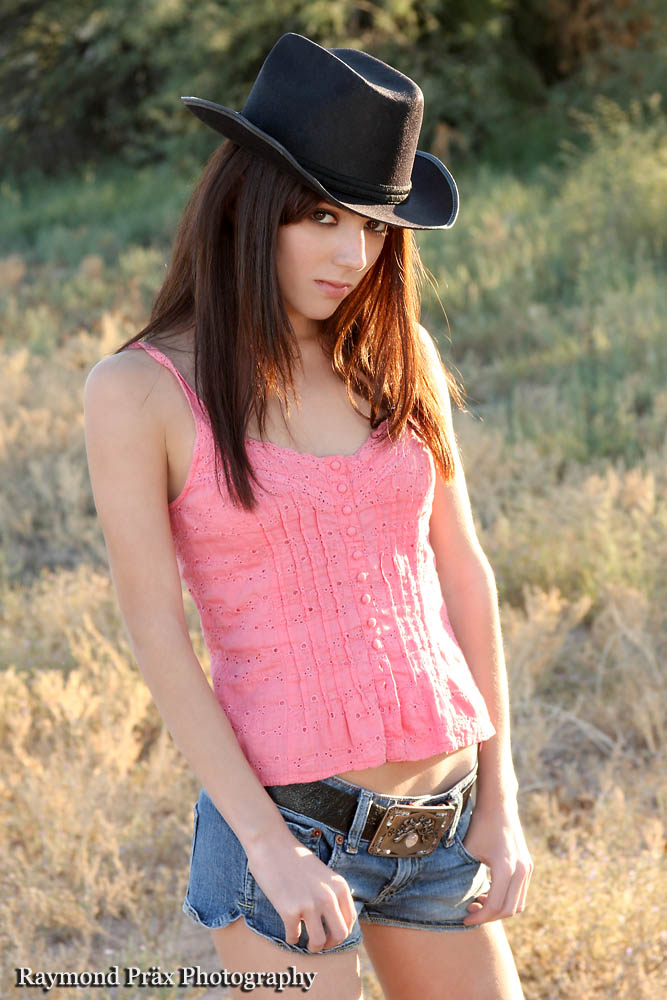 Cowgirl Tasha 02 by RaymondPrax