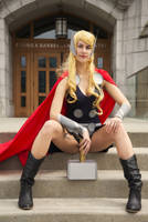 Lady Thor by douzocosplay
