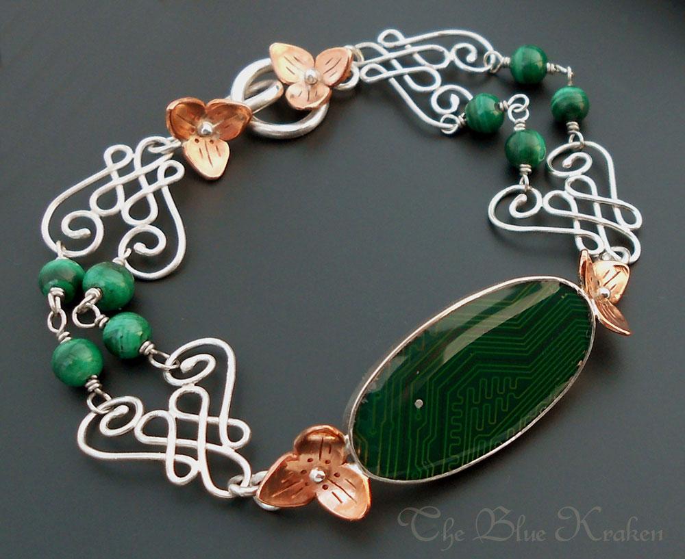 trillium flowers bracelet by thebluekraken