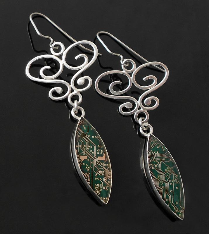 long green earrings with wire work by thebluekraken