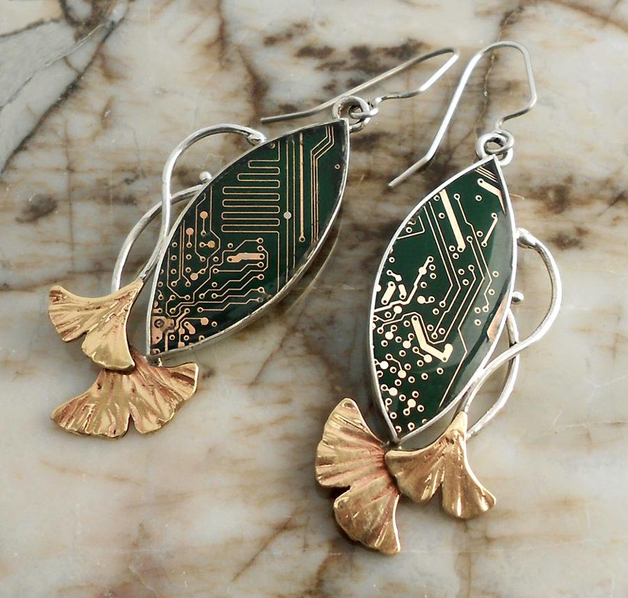 Double ginko leaf earrings by thebluekraken