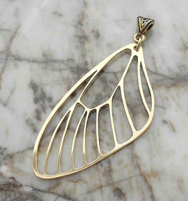 Wing veins pendant by thebluekraken