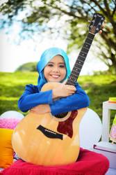 NAJWA LATIF and Guitar
