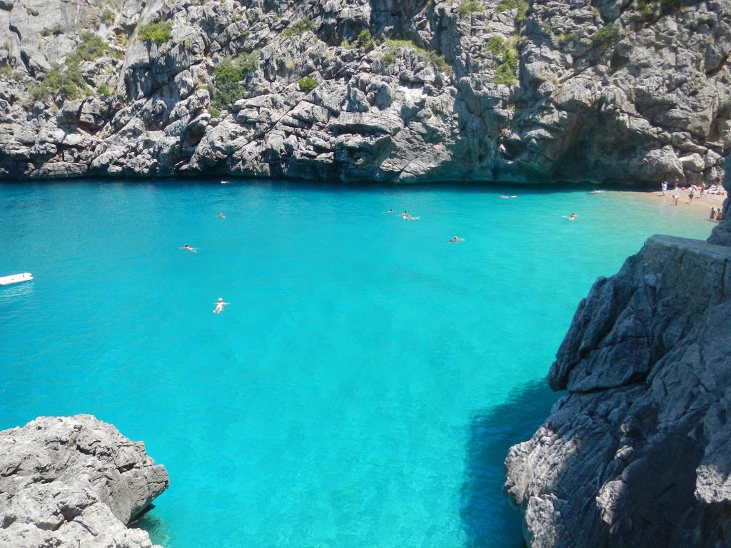 Mallorca by Roxanne-Wolf
