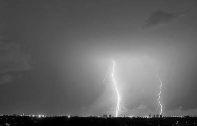 Lightning 3 by Instant-Ocean