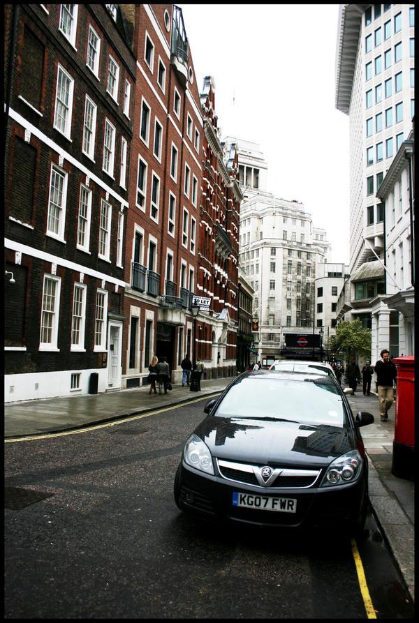 london 10 by BobbieAJ